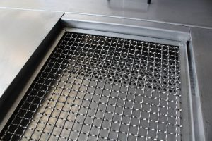 Boitier de répartition casse flux pour filtre inox gravitaire