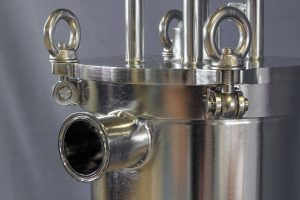 Polished self cleaning filter